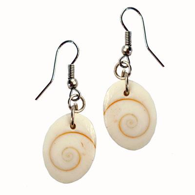 Boucles d'oreilles oeil de Lucie ou Oeil de Shiva naturel artisanat de Bali